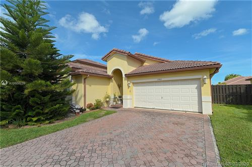 Photo of Listing MLS a10806239 in 13363 SW 118th Pass Miami FL 33186