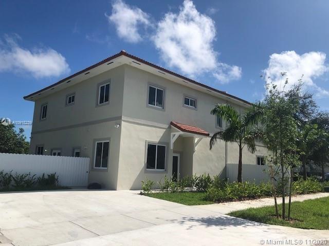 Photo of 785 A SW 7th Ave, Hallandale Beach, FL 33009 (MLS # A10918239)
