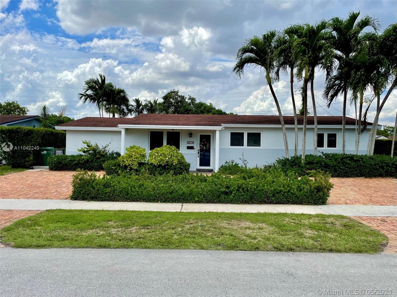 9815 SW 83rd St, Miami, FL 33173 - #: A11042240