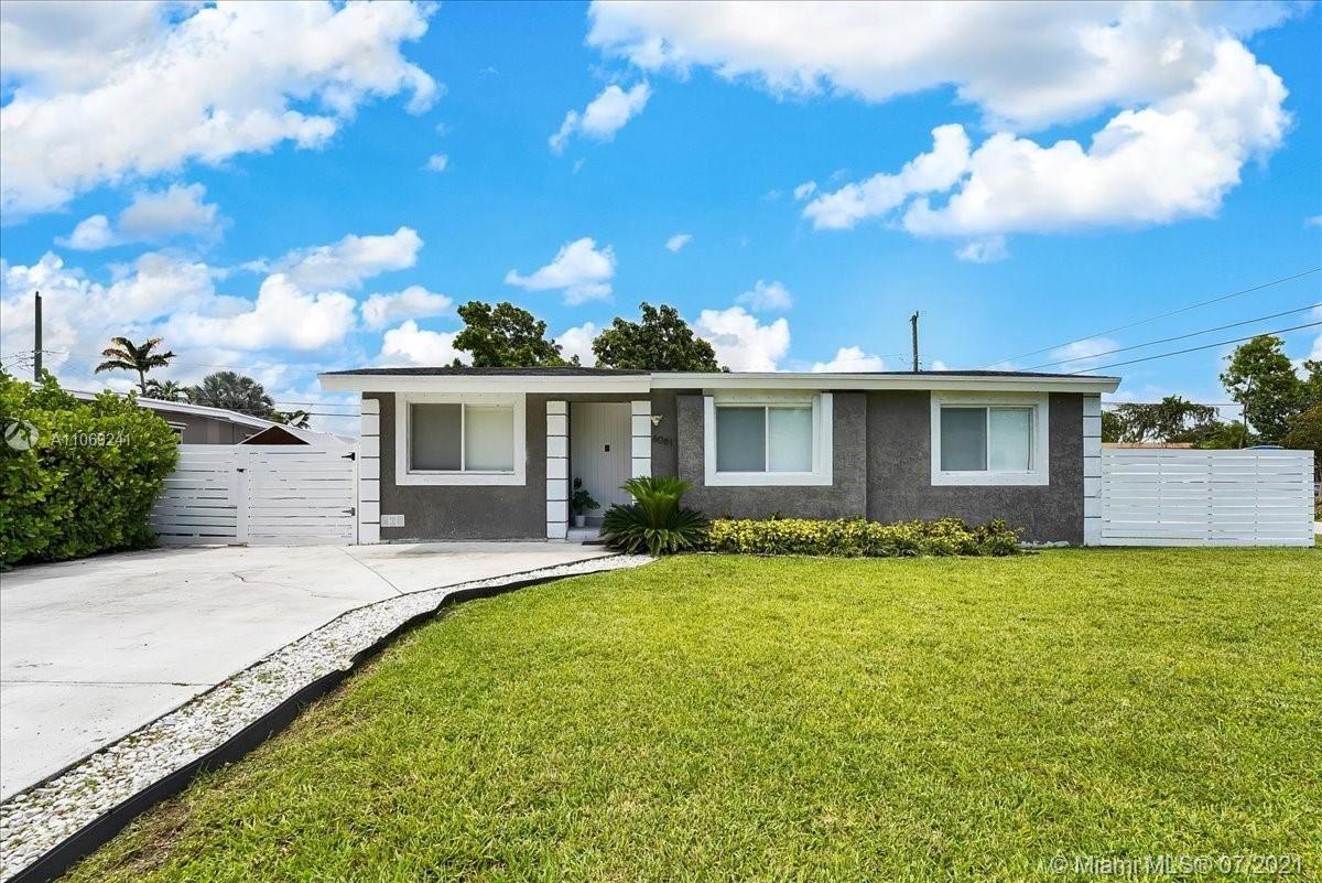 6061 SW 19th St, Miami, FL 33155 - #: A11069241