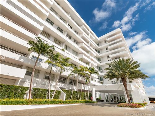 Photo of 199 Ocean Lane Dr #807, Key Biscayne, FL 33149 (MLS # A10806242)