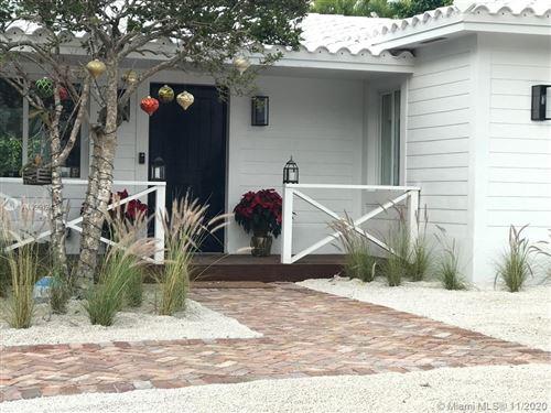 Photo of 355 W Enid Dr, Key Biscayne, FL 33149 (MLS # A10961242)