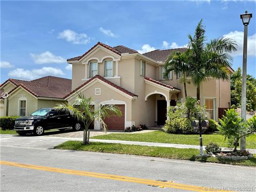 Photo of 16436 SW 82nd Ter, Miami, FL 33193 (MLS # A11039242)