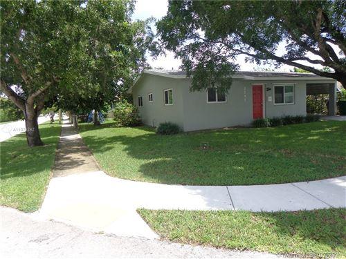 Photo of 7791 NW 40th St, Davie, FL 33024 (MLS # A11074242)