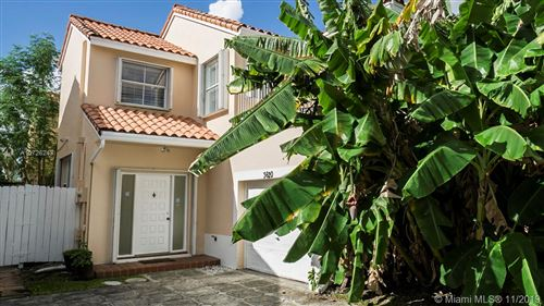 Photo of Listing MLS a10726243 in 3620 Tuscany Dr Hollywood FL 33021