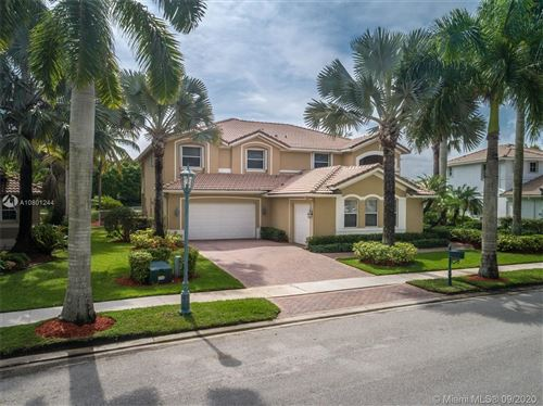 Photo of 1486 Victoria Isle Drive, Weston, FL 33327 (MLS # A10801244)