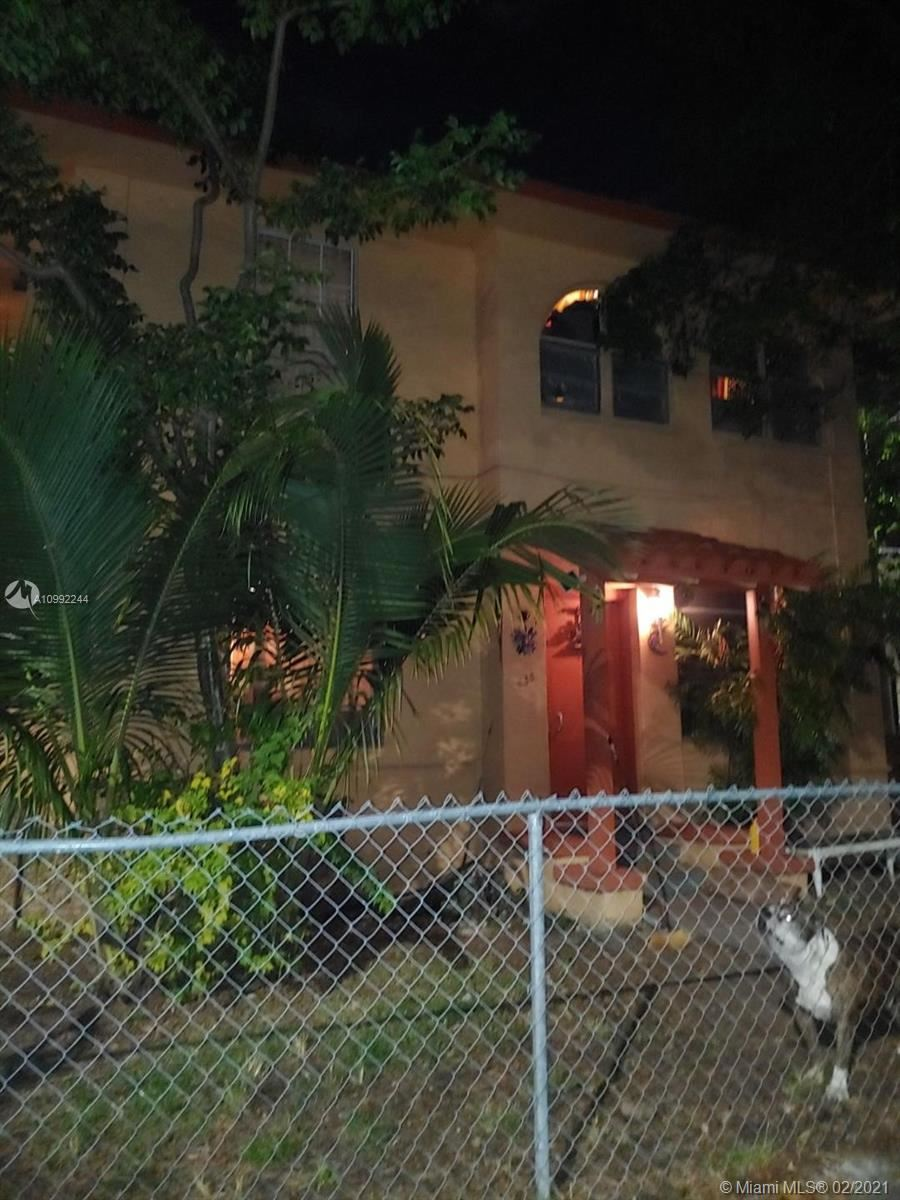 835 SW 5th St, Miami, FL 33130 - #: A10992244