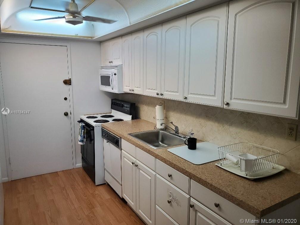 18051 Biscayne Blvd #802, Aventura, FL 33160 - #: A10784247