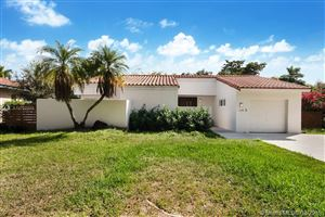 Photo of Listing MLS a10727248 in 124 NE 111th St Miami Shores FL 33161