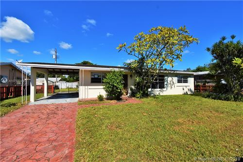 Photo of 6451 Garfield St, Hollywood, FL 33024 (MLS # A10772249)