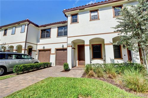 Photo of Listing MLS a10859250 in 6125 Bangalow Dr Lake Worth FL 33463