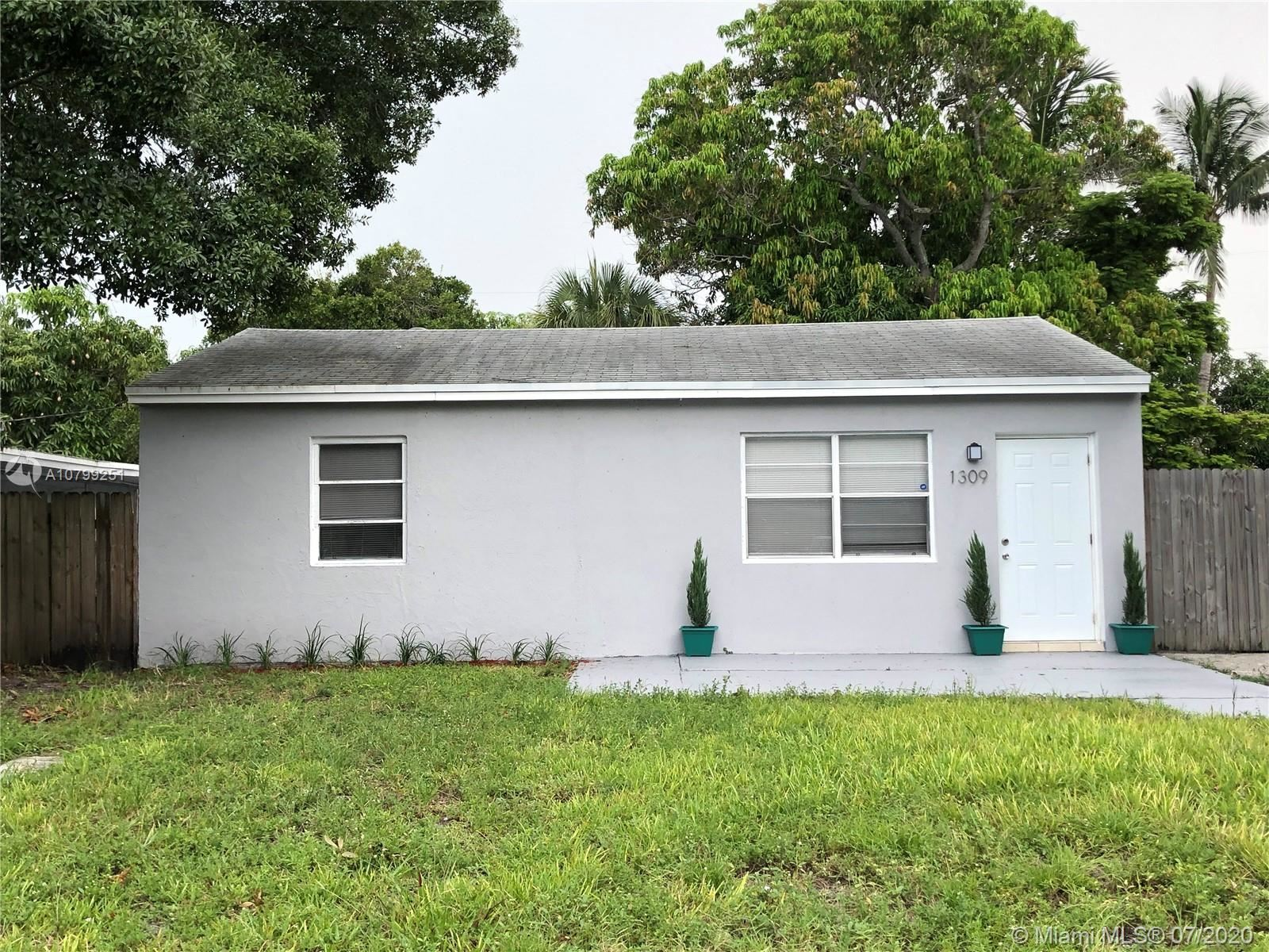 1309 NW 4th Ave, Fort Lauderdale, FL 33311 - #: A10799251