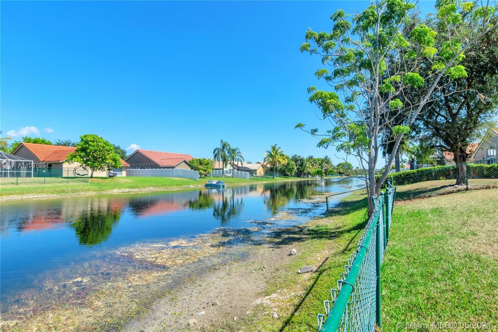 Photo of 985 NW 165th Ave, Pembroke Pines, FL 33028 (MLS # A11038251)