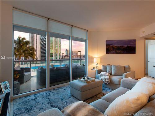 Foto de inmueble con direccion 480 NE 30th St #905 Miami FL 33137 con MLS A10885252