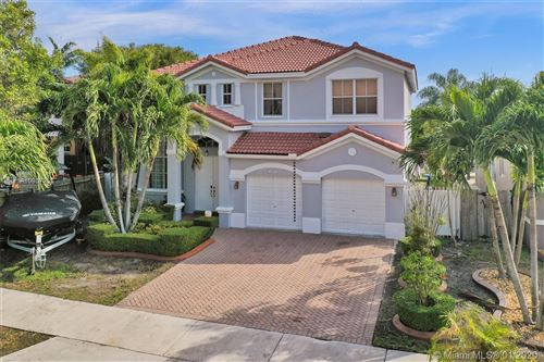 Photo of Listing MLS a10807253 in 2461 SW 156th Ct Miami FL 33185