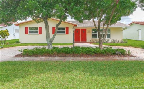 Photo of 5300 Garfield St, Hollywood, FL 33021 (MLS # A10885254)