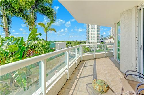 Photo of 401 SW 4th Ave #702, Fort Lauderdale, FL 33315 (MLS # A10753255)