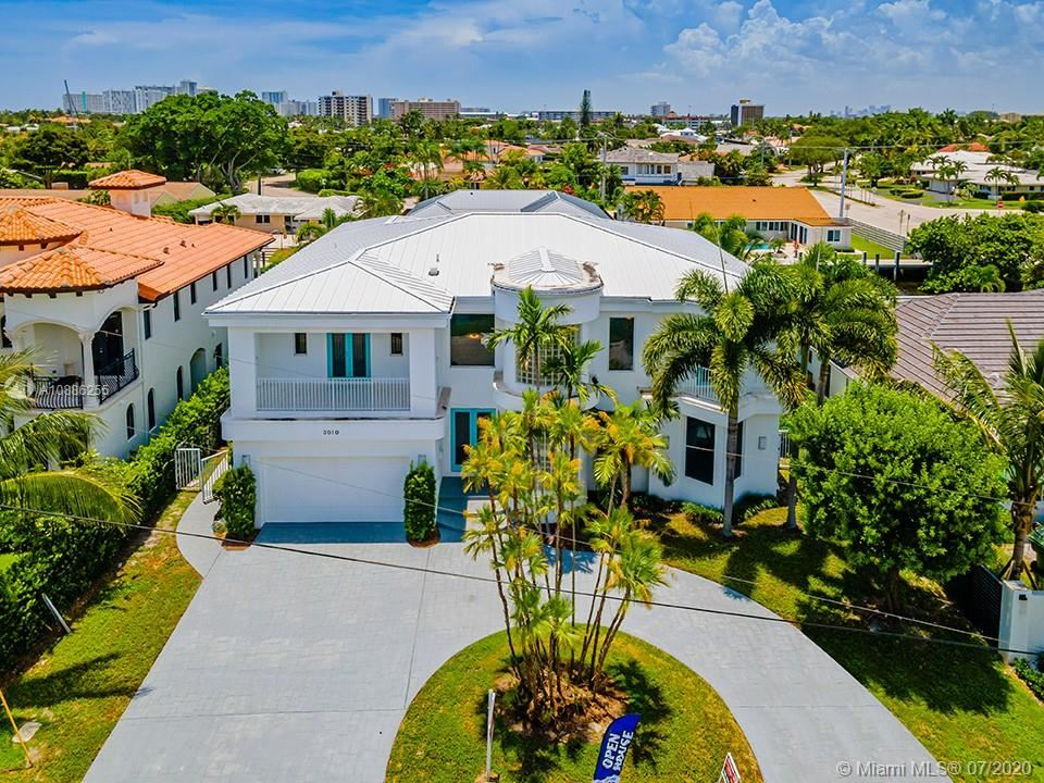 Photo of 3010 NE 56th Ct, Fort Lauderdale, FL 33308 (MLS # A10886255)