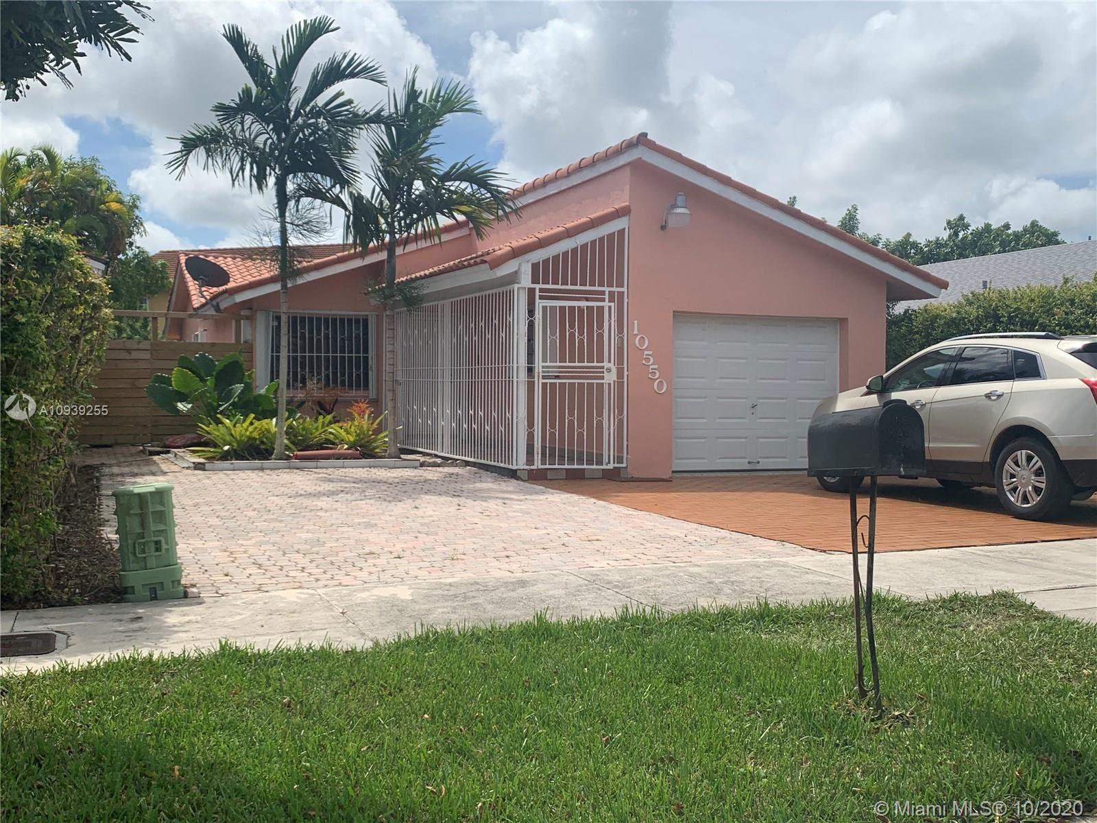 10550 SW 66th Ter, Miami, FL 33173 - #: A10939255