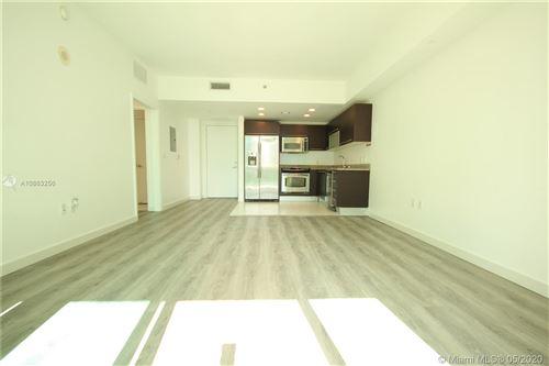 Photo of 951 Brickell Ave #1409, Miami, FL 33131 (MLS # A10863256)