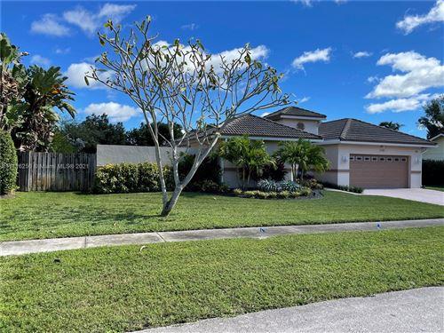 Photo of 2110 SW 51st Ter, Plantation, FL 33317 (MLS # A11116256)