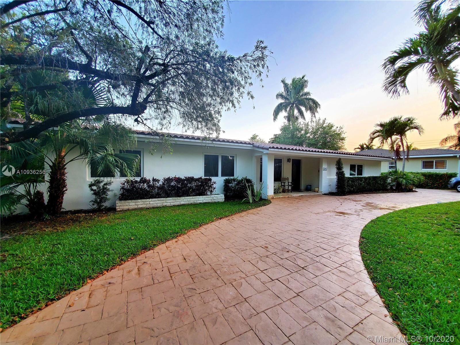 1528 Robbia Ave, Coral Gables, FL 33146 - #: A10936256