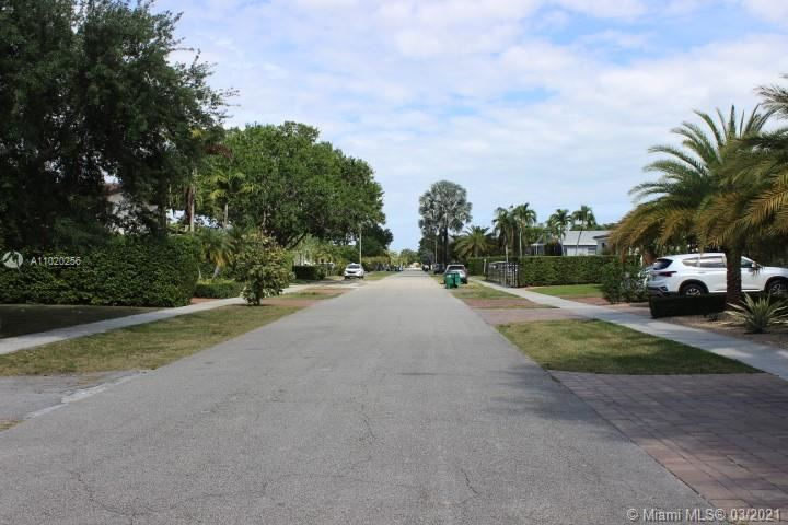 Photo of 8111 SW 18th Ter, Miami, FL 33155 (MLS # A11020256)