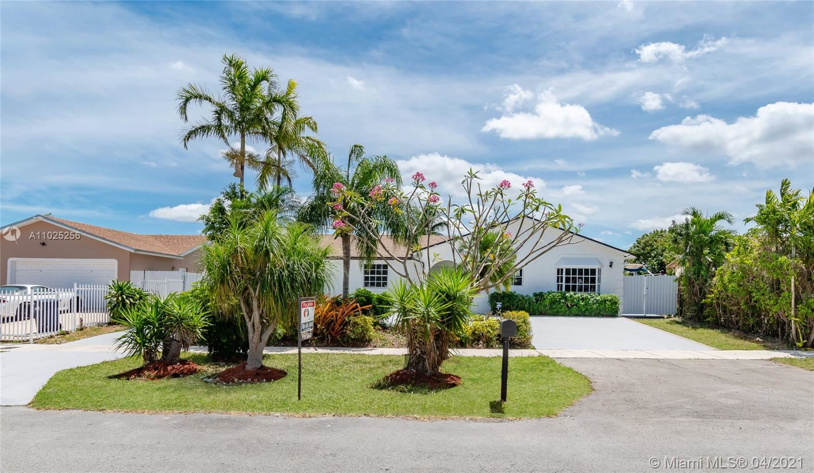 13210 SW 264th St, Homestead, FL 33032 - #: A11025256