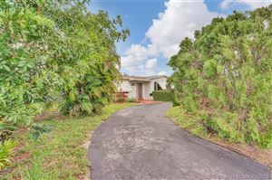 Photo of Listing MLS a10674258 in 6557 Eaton St Hollywood FL 33024