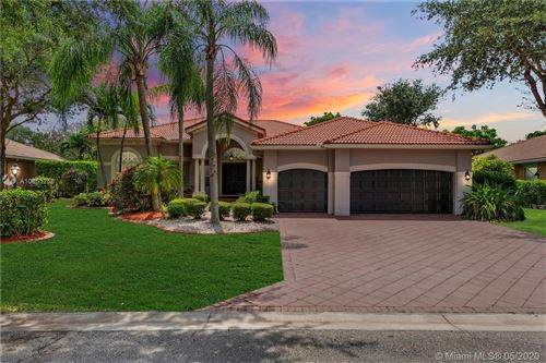 Photo of Listing MLS a10853258 in 6897 NW 107 Ter Parkland FL 33076