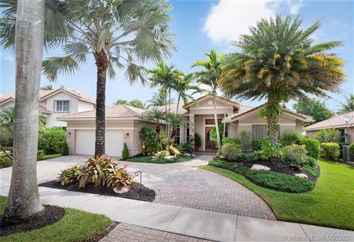 Photo of 1651 Victoria Pointe Ln, Weston, FL 33327 (MLS # A10866258)