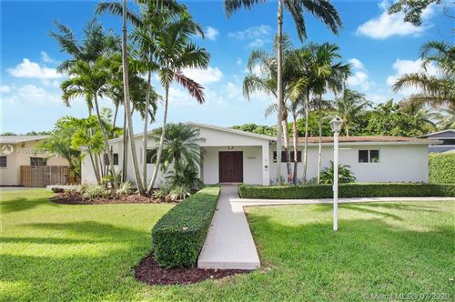 Photo of Listing MLS a10889258 in 7840 SW 161st St Palmetto Bay FL 33157