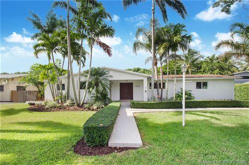 Photo of 7840 SW 161st St, Palmetto Bay, FL 33157 (MLS # A10889258)