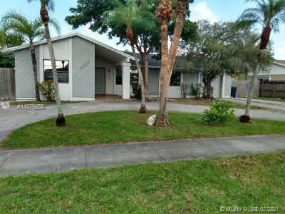 Photo of 7122 SW 149th Ave, Miami, FL 33193 (MLS # A11075258)