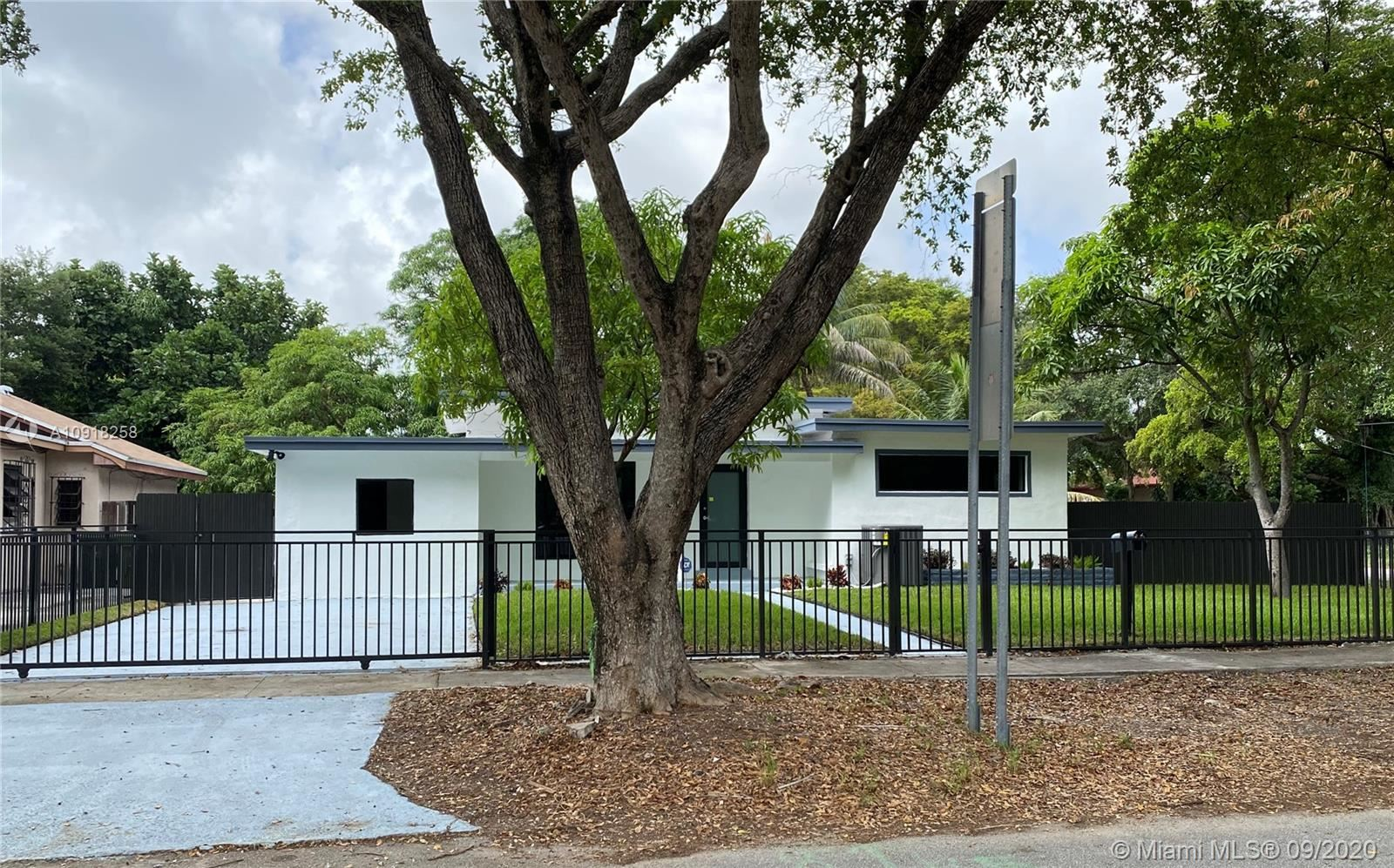 1195 NE 147th St, North Miami, FL 33161 - #: A10918258