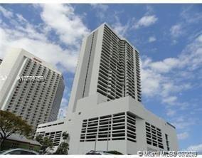 Foto de inmueble con direccion 555 NE 15th St #19F Miami FL 33132 con MLS A10769259