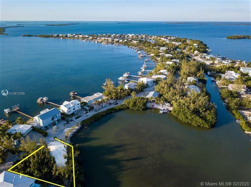 Foto de inmueble con direccion 32 Bounty Lane Key Largo FL 33037 con MLS A10812259