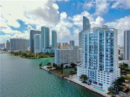Foto de inmueble con direccion 725 NE 22nd St #15B Miami FL 33137 con MLS A10826259