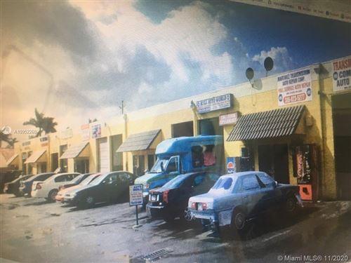 Photo of 11750 NW 87th Pl, Hialeah Gardens, FL 33018 (MLS # A10952260)