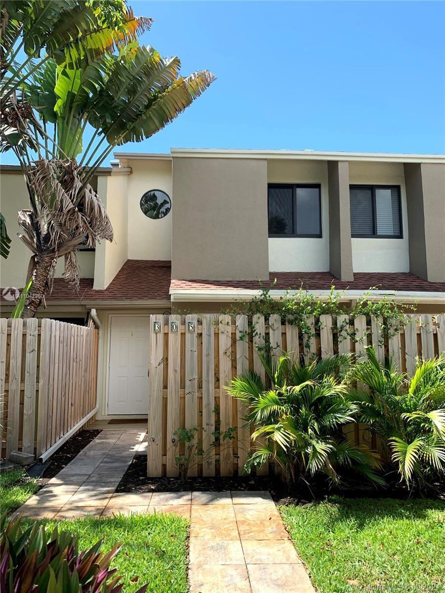 305 City View Dr, Fort Lauderdale, FL 33311 - #: A11042260