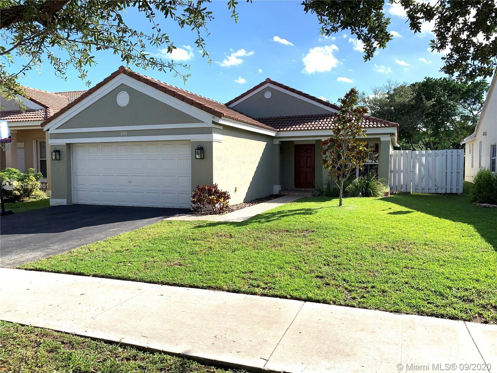 809 Sand Creek Cir, Weston, FL 33327 - #: A10875261