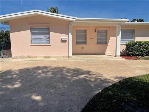 Photo of 10101 SW 56th St, Miami, FL 33165 (MLS # A11113263)