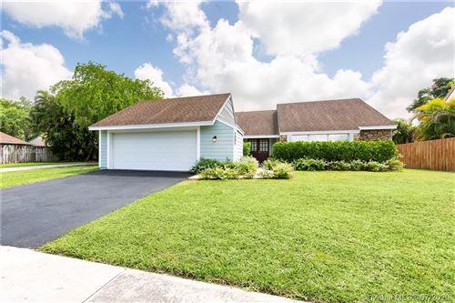 Photo of 1331 Egret Rd, Homestead, FL 33035 (MLS # A10884265)