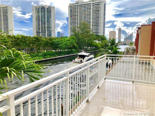 Foto de inmueble con direccion 3745 NE 171st St #79 North Miami Beach FL 33160 con MLS A10693267
