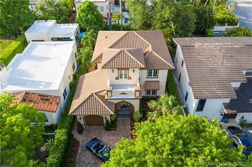 Photo of 405 Majorca Ave, Coral Gables, FL 33134 (MLS # A10857268)