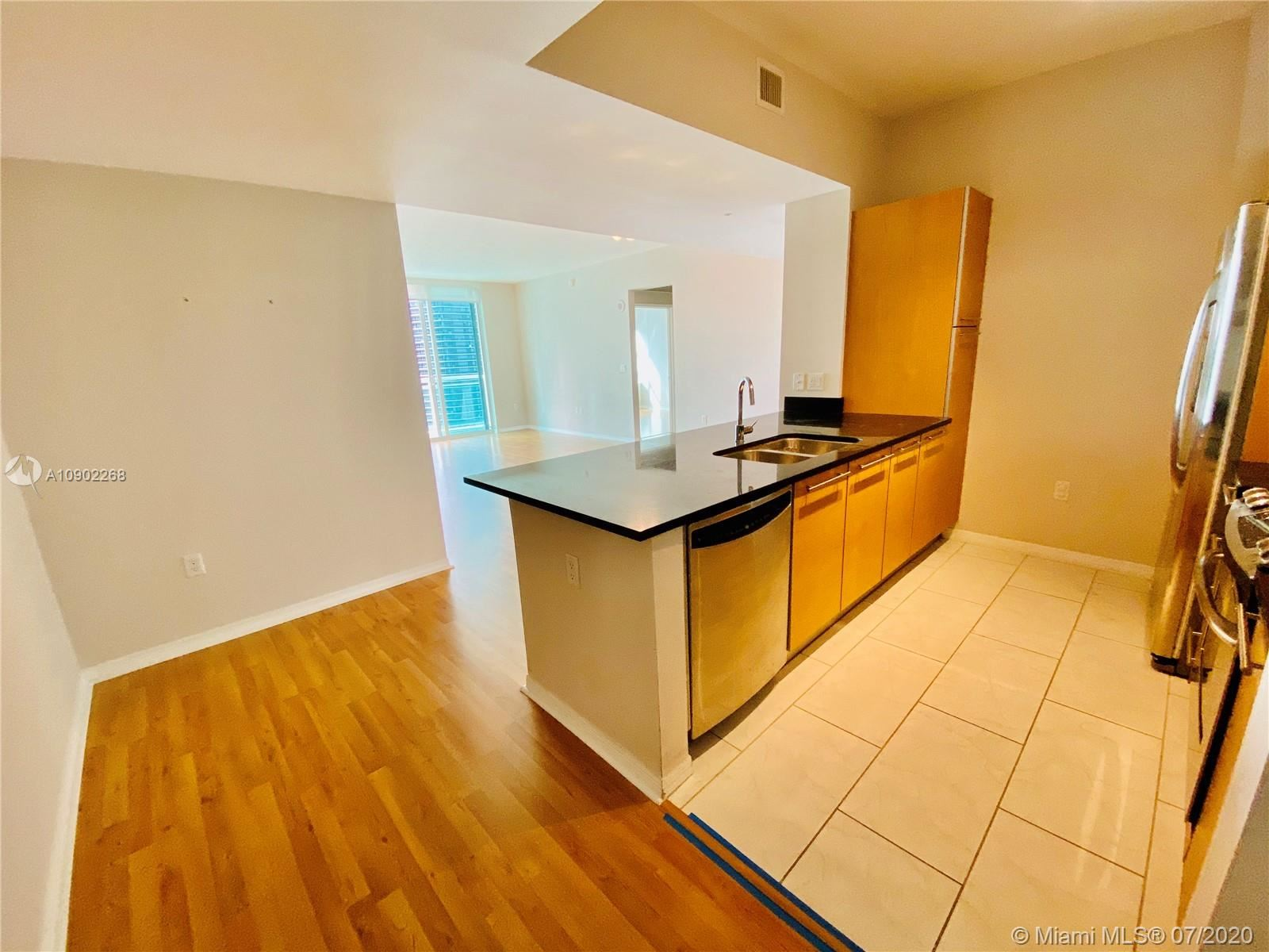 951 Brickell Ave #3005, Miami, FL 33131 - #: A10902268
