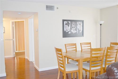 Photo of Listing MLS a10628269 in 1200 Brickell Bay Dr #3923 Miami FL 33131