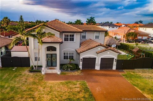 Photo of Listing MLS a10853269 in 15403 SW 24th Ter Miami FL 33185