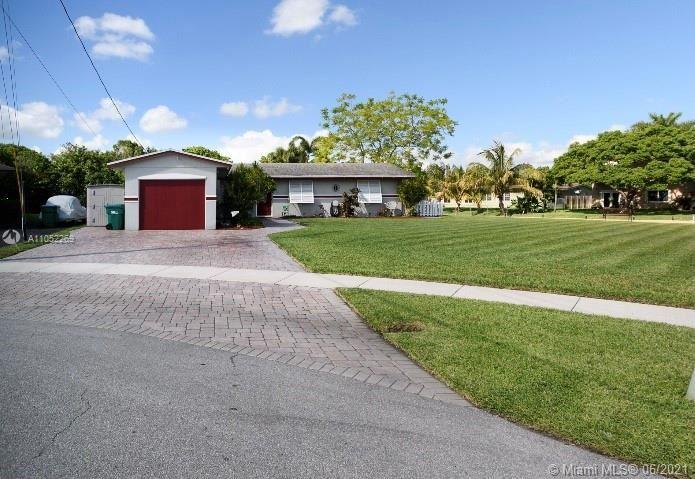 124 SW 126th Ave, Plantation, FL 33325 - #: A11052269