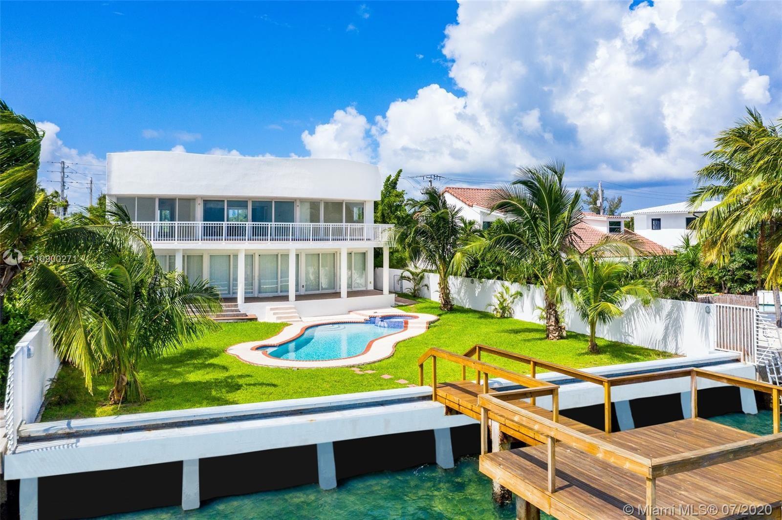 1870 Bay Dr, Miami Beach, FL 33141 - #: A10900271